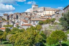 Φυσική θέα σε Sermoneta, μεσαιωνικό χωριό στην επαρχία του Λατίνα, Ιταλία στοκ εικόνα με δικαίωμα ελεύθερης χρήσης