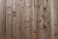 Φυσική ξύλινη σανίδα με τη σύσταση Στοκ φωτογραφία με δικαίωμα ελεύθερης χρήσης
