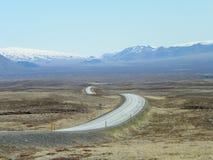 Φυσική περιφερειακή οδός στο χρυσό γύρο Ισλανδία κύκλων Στοκ Εικόνες