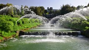 Φυσική πηγή στην περιοχή της ΕΥΡ της Ρώμης, Ιταλία φιλμ μικρού μήκους