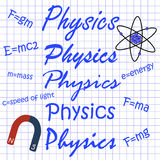 Φυσική στις διαφορετικές γραφές, ο τύπος στο φύλλο σημειωματάριων Στοκ φωτογραφίες με δικαίωμα ελεύθερης χρήσης