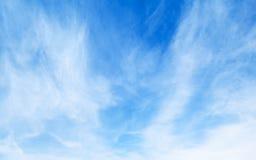 Φυσική φωτεινή μπλε νεφελώδης σύσταση ουρανού Στοκ Εικόνα