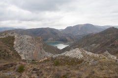 φυσική φύση βουνών τοπίων της Αλμερία Ανδαλουσία αγαύης cabo de desert gata κοντά στο φυτό ισπανικά πάρκων Στοκ Φωτογραφίες