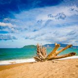Φυσική όμορφη άποψη της παραλίας Nha Trang στοκ εικόνες