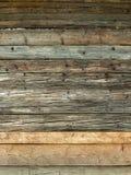 Φυσικός καφετής ξύλινος τοίχος σιταποθηκών Στοκ Εικόνες