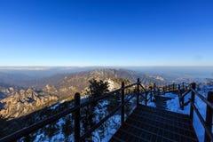 Φυσικός πυροβολισμός τοπίων βουνών της Κορέας στο εθνικό πάρκο Seoraksan υποστηριγμάτων Στοκ φωτογραφία με δικαίωμα ελεύθερης χρήσης