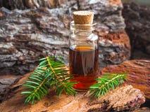 Φυσικό αρωματικό πετρέλαιο μασάζ Aromatherapy για τη χαλάρωση Στοκ Φωτογραφίες