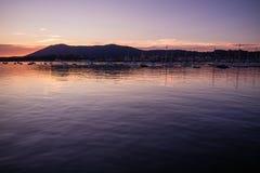 Φυσικό ζωηρόχρωμο ηλιοβασίλεμα στον Ατλαντικό Ωκεανό στο hendaye, βασκική χώρα, Γαλλία Στοκ φωτογραφίες με δικαίωμα ελεύθερης χρήσης
