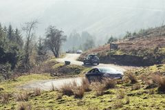 Φυσικό πέρασμα βουνών στα αναγνωριστικά σήματα Brecon, UK στοκ φωτογραφία