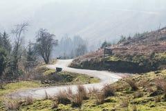 Φυσικό πέρασμα βουνών στα αναγνωριστικά σήματα Brecon, UK στοκ φωτογραφίες