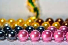 Φυσικό περιδέραιο μαργαριταριών όμορφο και ακριβό ως κόσμημα για τις κυρίες στοκ εικόνα με δικαίωμα ελεύθερης χρήσης