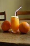 φυσικό πορτοκάλι χυμού Στοκ εικόνα με δικαίωμα ελεύθερης χρήσης