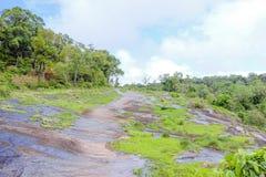 Φυσικό προαύλιο πετρών στοκ εικόνες