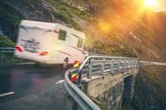 Φυσικό ταξίδι οδικού Motorhome Στοκ Φωτογραφίες