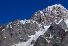 Φυσικό τοπίο βουνών στοκ φωτογραφίες με δικαίωμα ελεύθερης χρήσης