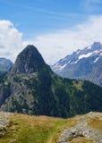 Φυσικό τοπίο βουνών στοκ φωτογραφία με δικαίωμα ελεύθερης χρήσης