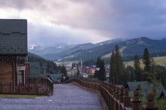 Φυσικό τοπίο βουνών Bukovel Στοκ Εικόνα
