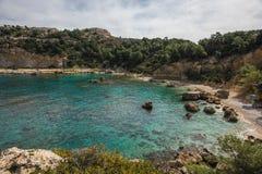 Φυσικό τοπίο στην παραλία του Anthony Quinn, Rodos Στοκ Εικόνες