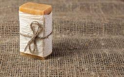 φυσικό τραχύ σαπούνι υφάσματος Στοκ εικόνες με δικαίωμα ελεύθερης χρήσης
