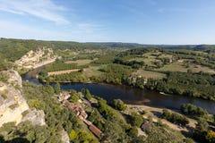 Φυσικό χωριό Λα roque-Gageac στον ποταμό Dordogne, Γαλλία στοκ εικόνα