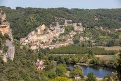 Φυσικό χωριό Λα roque-Gageac στον ποταμό Dordogne, Γαλλία στοκ εικόνες με δικαίωμα ελεύθερης χρήσης
