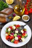 Φυτική ελληνική σαλάτα με το τυρί φέτας Στοκ Εικόνες