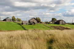 Φυτικοί κήποι στο βόρειο ρωσικό χωριό Στοκ φωτογραφία με δικαίωμα ελεύθερης χρήσης