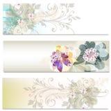 Φυλλάδια που τίθενται με τα αφηρημένα λουλούδια Στοκ εικόνες με δικαίωμα ελεύθερης χρήσης