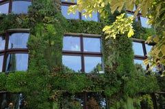 Φυλετικό Μουσείο Τέχνης Quai Branly στο Παρίσι Στοκ Φωτογραφία