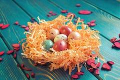 Φωλιά των αυγών ορτυκιών σοκολάτας στοκ φωτογραφία