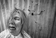 φωνάζοντας άστεγη γυναίκ&al Στοκ εικόνα με δικαίωμα ελεύθερης χρήσης