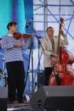 Φωνητικός-οργανική ζώνη τζαζ συνόλων καλλιτεχνών, τραγουδιστών και μουσικών απόδοσης shoobedoobe Στοκ εικόνες με δικαίωμα ελεύθερης χρήσης