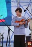 Φωνητικός-οργανική ζώνη τζαζ συνόλων καλλιτεχνών, τραγουδιστών και μουσικών απόδοσης shoobedoobe Στοκ εικόνα με δικαίωμα ελεύθερης χρήσης