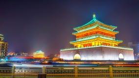 Φως νύχτας του πύργου κουδουνιών Xian Στοκ εικόνα με δικαίωμα ελεύθερης χρήσης