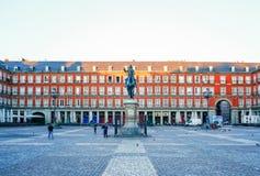 Φως πρωινού στο δήμαρχο Plaza στη Μαδρίτη, Ισπανία Στοκ εικόνες με δικαίωμα ελεύθερης χρήσης