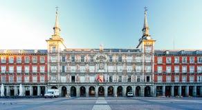 Φως πρωινού στο δήμαρχο Plaza στη Μαδρίτη, Ισπανία Στοκ Φωτογραφία