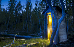φως σπιτιών που χρωματίζεται έξω Στοκ Εικόνες