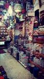 φως, τάπητας, κεραμικό κατάστημα στην αγορά στην Ιερουσαλήμ Στοκ Φωτογραφίες