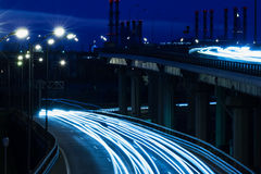 Φως της πόλης, τοπίο νύχτας με τους δρόμους Στοκ Εικόνες