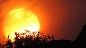 Φως του ήλιου καψαλίσματος σε μια αστική θέση στοκ εικόνες