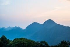 Φως του ηλιοβασιλέματος στο βουνό, ANG Khang Doi Στοκ Φωτογραφίες