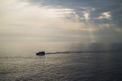 Φως του Ιησού μέσω των σύννεφων Στοκ εικόνες με δικαίωμα ελεύθερης χρήσης