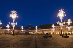 Φως Χριστουγέννων στη πλατεία της πόλης Στοκ φωτογραφία με δικαίωμα ελεύθερης χρήσης