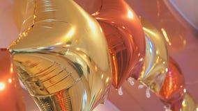 Φωτεινά ζωηρόχρωμα μπαλόνια με μορφή των αστεριών φιλμ μικρού μήκους
