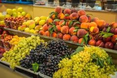 Φωτεινά ζωηρόχρωμα φρούτα και λαχανικά φθινοπώρου Στοκ Φωτογραφία