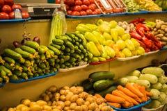 Φωτεινά ζωηρόχρωμα φρούτα και λαχανικά φθινοπώρου Στοκ Εικόνα