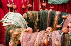 Φωτεινά κόκκινα δίχτυα του ψαρέματος στοκ φωτογραφίες