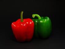 2 φωτεινά πιπέρια Στοκ Φωτογραφία