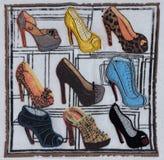 Φωτεινά, πολύχρωμα θηλυκά παπούτσια Στοκ Εικόνα