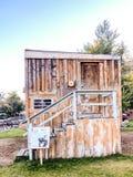 Φωτεινή άποψη του ανάποδου σπιτιού στοκ φωτογραφία με δικαίωμα ελεύθερης χρήσης